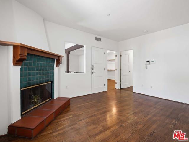 9. 1414 N Harper Avenue #16 West Hollywood, CA 90046