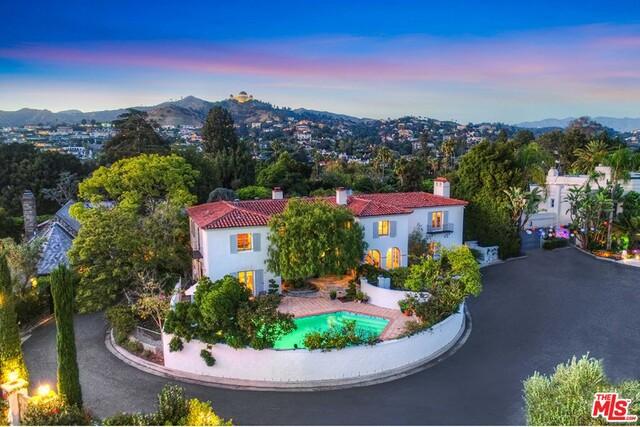 5160 LINWOOD Drive, Los Angeles, CA 90027
