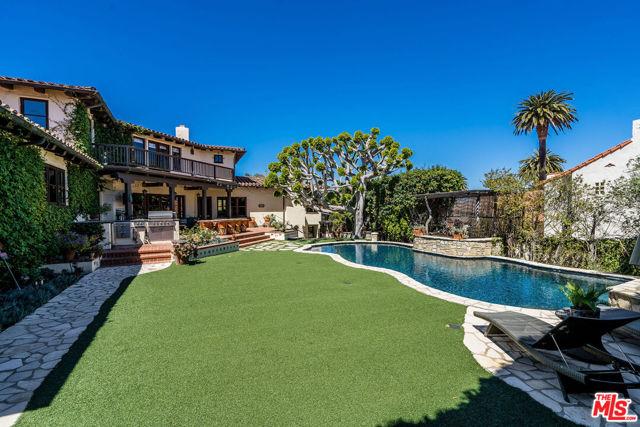 4. 453 Via Media Palos Verdes Estates, CA 90274