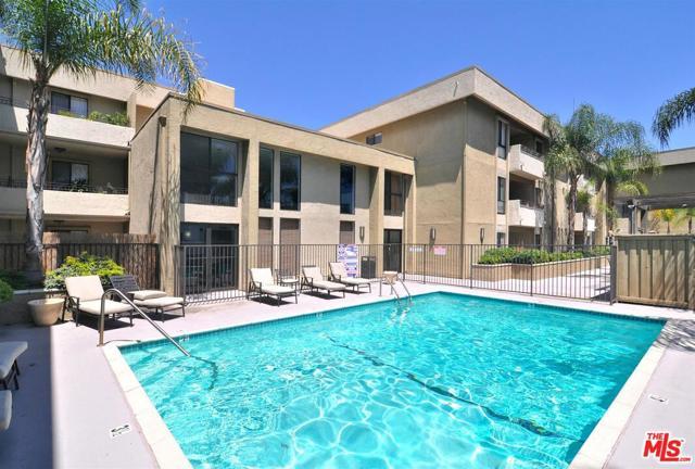 5009 Woodman Avenue 310, Sherman Oaks, CA 91423