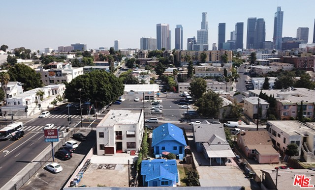 311 S BURLINGTON Avenue, Los Angeles, CA 90057