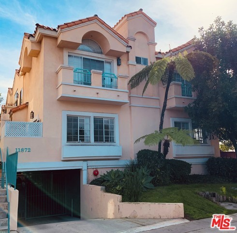 11872 WASHINGTON Place, Los Angeles, CA 90066