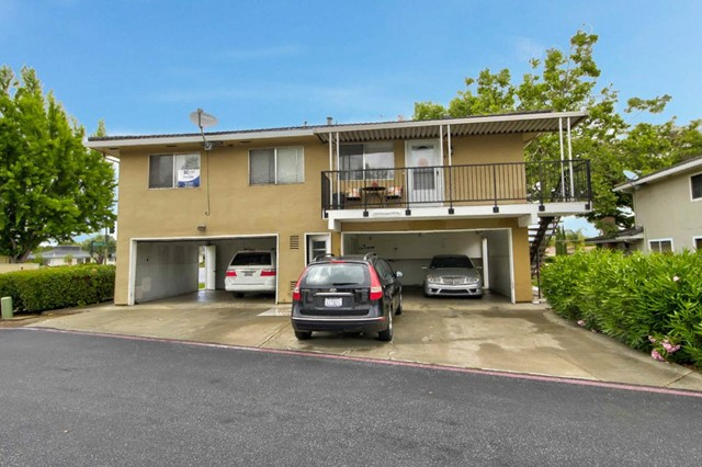 798 Blossom Hill Road 4, San Jose, CA 95123