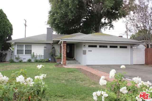 12542 COLLINS Street, Valley Village, CA 91607