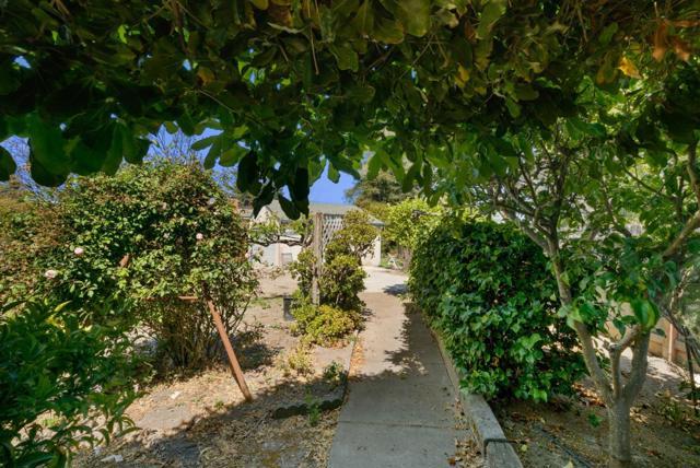 26. 929 Bay Street Santa Cruz, CA 95060