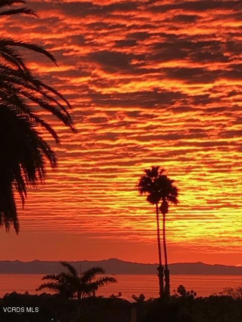 3207 Foothill Road, Ventura, CA 93003