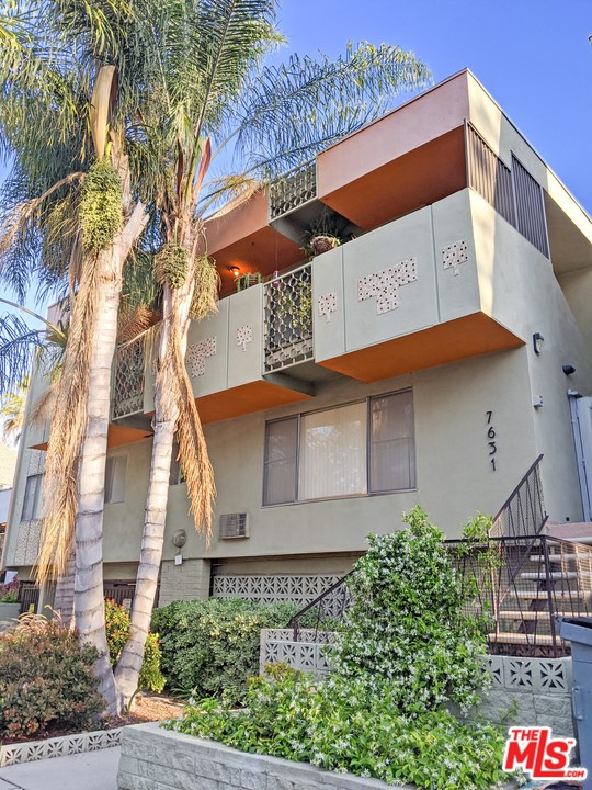 7631 Norton Avenue, constructed in 1961, is an 8,583 square foot building on a 6,269 square foot WDR2 lot.  The property boasts a desirable unit mix of six one-bedroom/one-bathroom units and four two-bedroom/two-bathroom units.  The spacious units offer tile and laminate flooring, gas stoves, forced heat, wall units for cooling, and select units have a balcony.  Four units have been extensively renovated with new kitchens and bathrooms, upgraded flooring, and recessed lights. This property is part of a portfolio sale with 924 N Stanley Avenue and 1047 N Stanley Avenue. Properties can be sold together or separately.