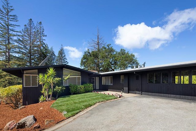 3124 Alexis Drive, Palo Alto, CA 94304