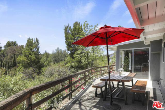 38. 4901 Escobedo Drive Woodland Hills, CA 91364