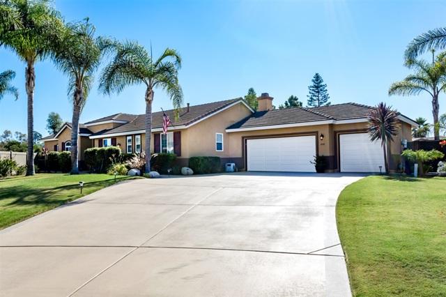 898 Via Allegra, Vista, CA 92081