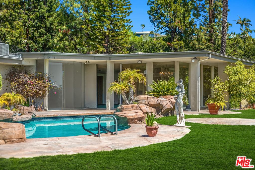 1705 Loma Vista Drive