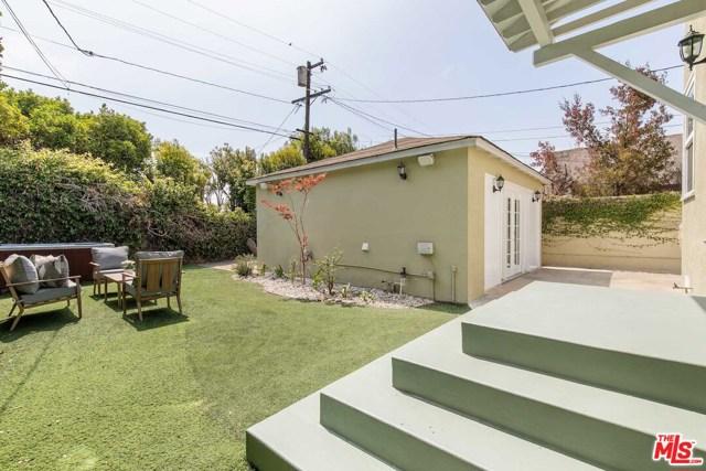 33. 8104 Gonzaga Avenue Los Angeles, CA 90045
