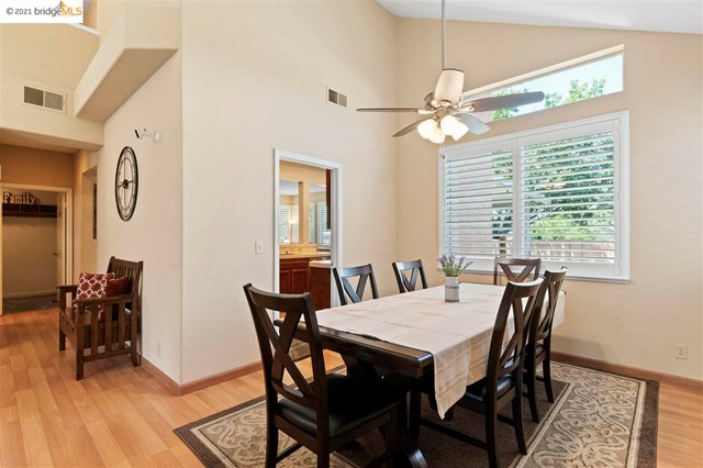 9. 619 Edenderry Dr Vacaville, CA 95688