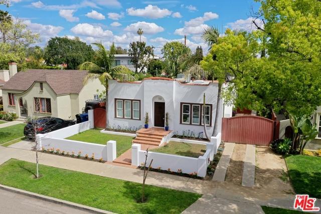726 N LAS PALMAS Avenue, Los Angeles, CA 90038