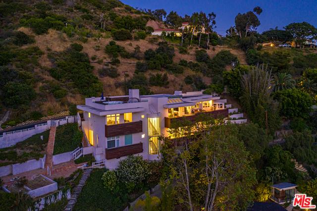 40. 21070 Las Flores Mesa Drive Malibu, CA 90265