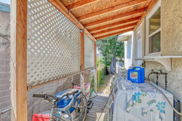 2511 Manhattan Av, Montrose, CA 91020 Photo 14