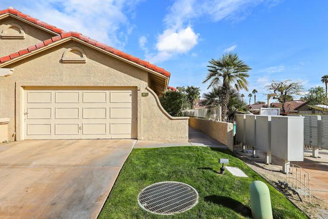 41800 Woodhaven Drive W, Palm Desert, CA 92211