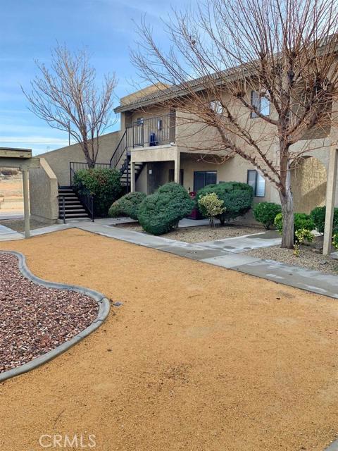 17842 Quantico Lane, Apple Valley, CA 92307