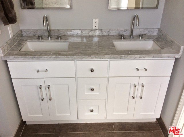 Remodeled Main ba double sinks