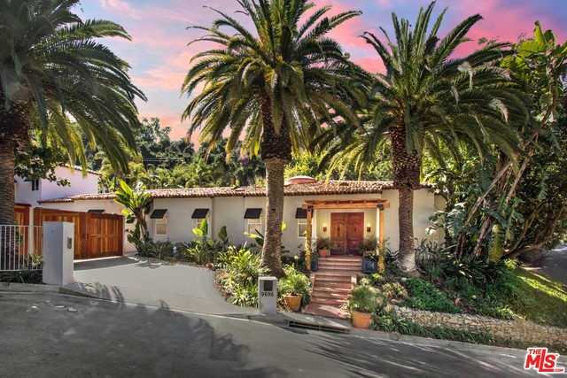 9696 Antelope Road, Beverly Hills, CA 90210
