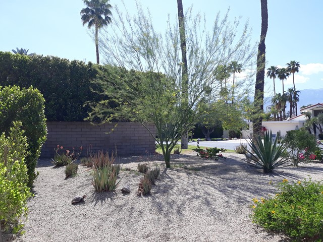 29. 28 Lincoln Place Rancho Mirage, CA 92270