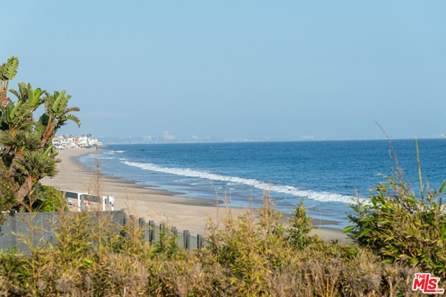 22514 Pacific Coast Highway Malibu, CA 90265