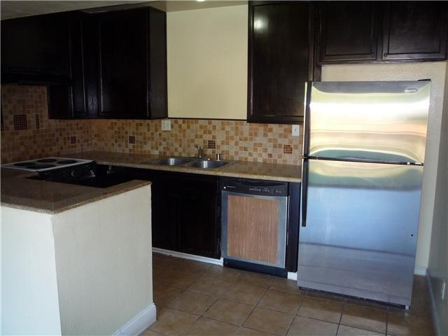 6851 Alvarado Rd 5, San Diego, CA 92120