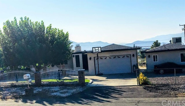 Image 3 of 16283 Rancherias Rd, Apple Valley, CA 92307