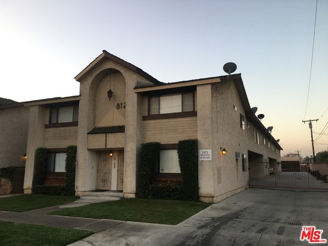 8124 STEWART AND GRAY Road, Downey, CA 90241