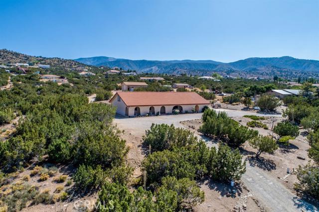 2835 Silver Ridge Drive, Pinon Hills, CA 92372
