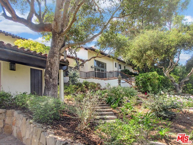 475 Woodley Rd, Montecito, CA 93108 Photo