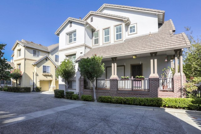 140 Chetwood Drive, Mountain View, CA 94043