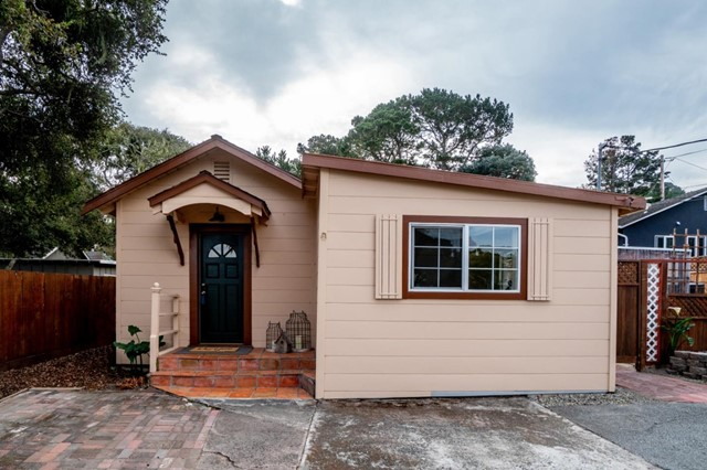 1561 Withers Avenue, Monterey, CA 93940
