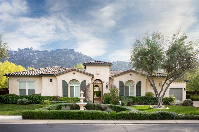 27236 Saint Andrews Lane, Valley Center, CA 92082