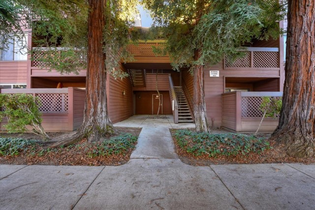 1084 Yarwood Court, San Jose, CA 95128