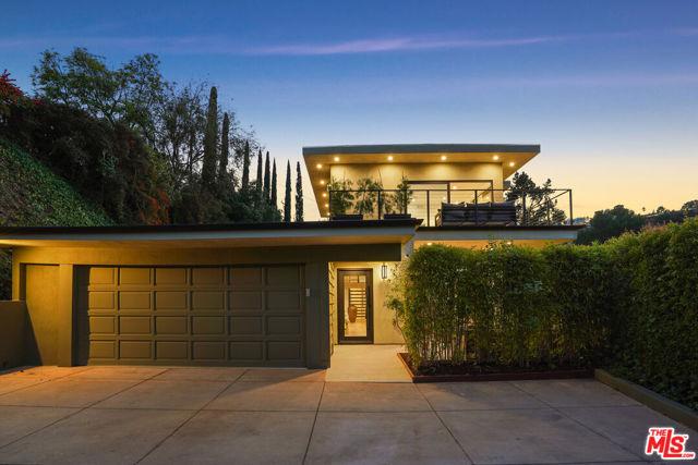 14928 Jadestone Drive, Sherman Oaks, CA 91403