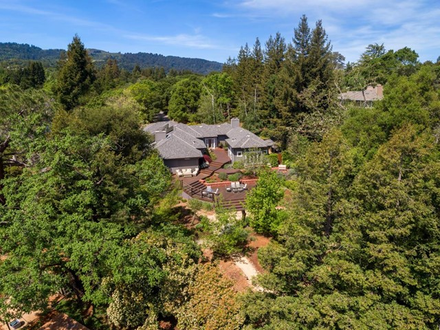 2 Applewood Lane, Portola Valley, CA 94028