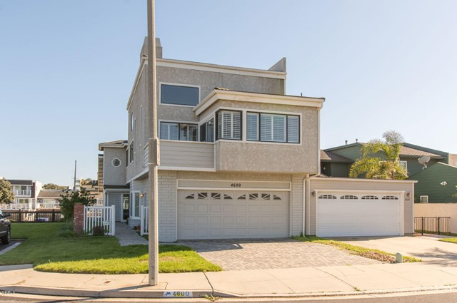 Photo of 4600 Eastbourne Bay, Oxnard, CA 93035