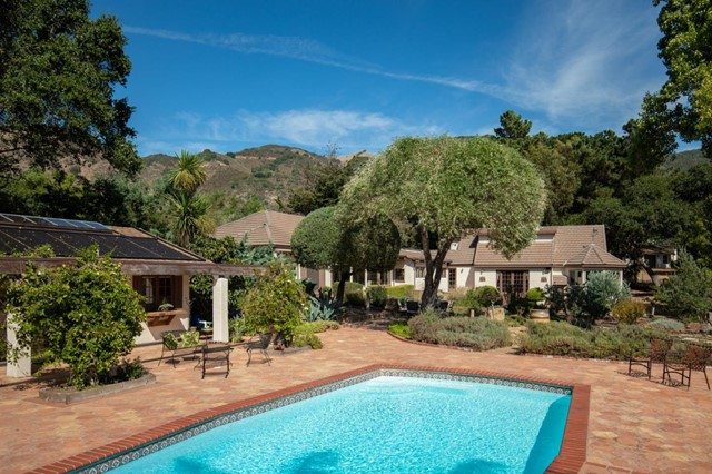 14 Miramonte Road, Carmel Valley, CA 93924