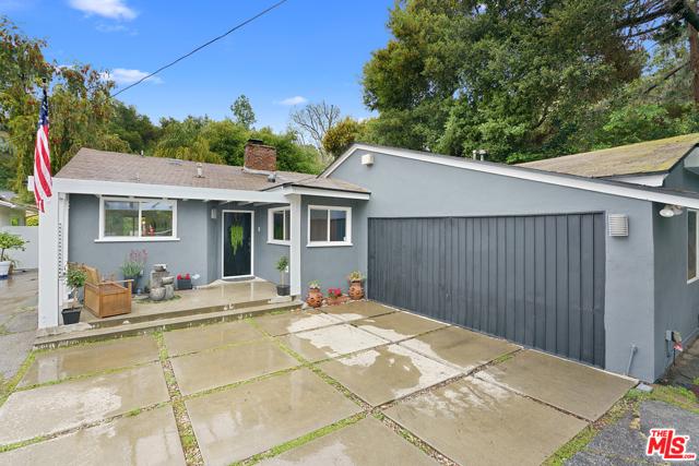 3252 Laurel Canyon Boulevard, Studio City, CA 91604