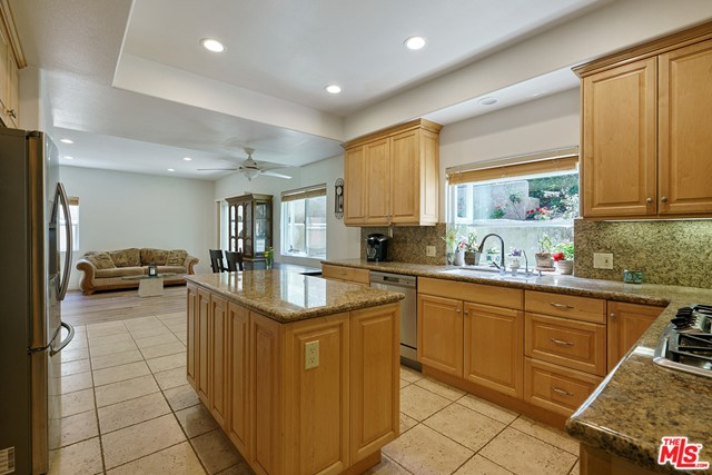 13. 3110 Foothill Drive Thousand Oaks, CA 91361