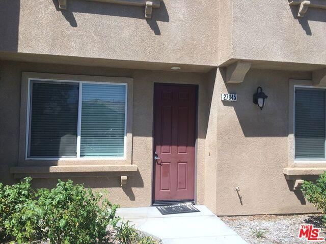 27945 AVALON Drive, Canyon Country, CA 91351
