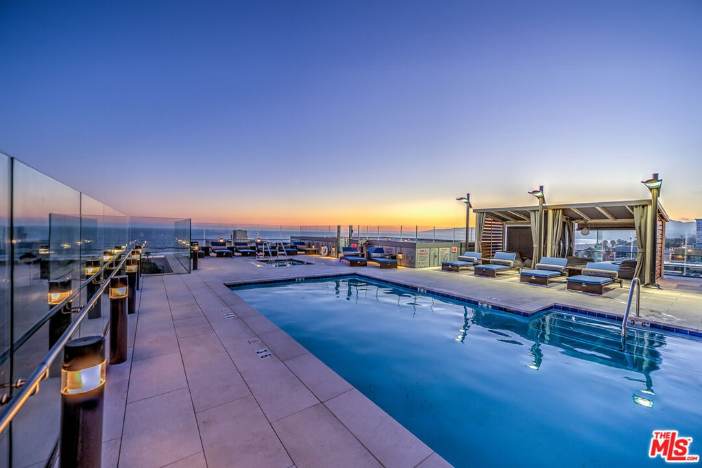 1755 Ocean Avenue 501, Santa Monica, CA 90401