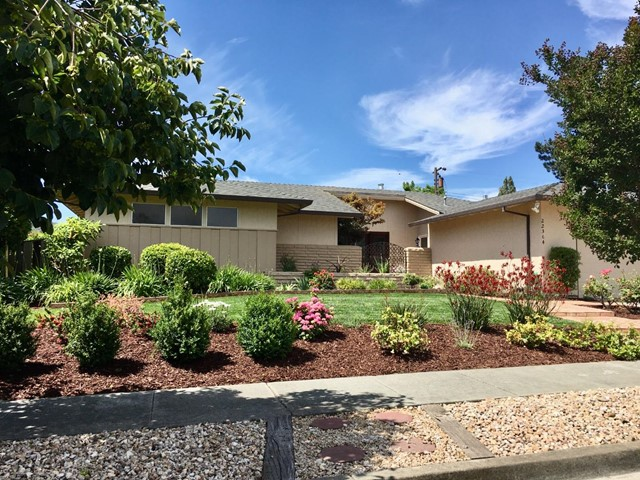 22364 Riverside Drive, Cupertino, CA 95014