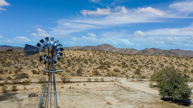 Image 5 of 388 Old Woman Springs Rd, Yucca Valley, CA 92284