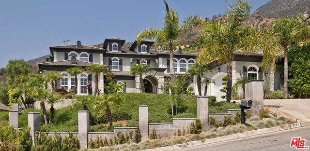 2335 KINCLAIR Drive, Pasadena, CA 91107