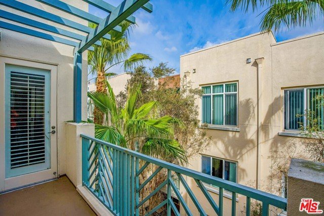 5625 Crescent Park, Playa Vista, CA 90094 Photo 2