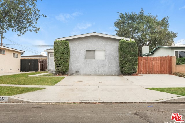 1626 W 247 Th Pl, Harbor City, CA 90710 Photo 2