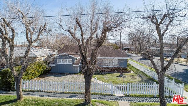 44702 FERN Avenue, Lancaster, CA 93534