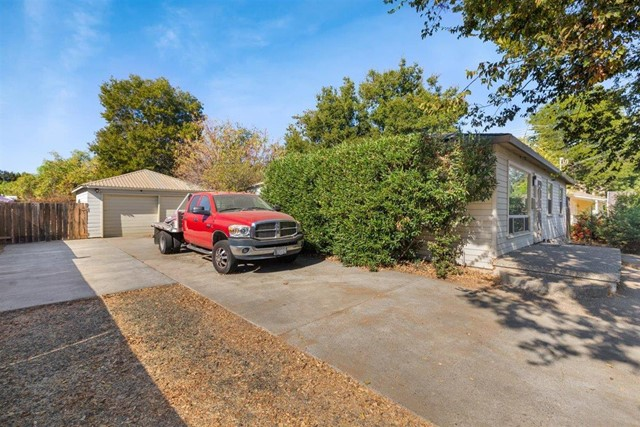 Image 3 of 945 Thornton Way, San Jose, CA 95128